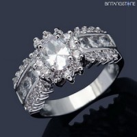 Cincin Import White Sapphire 18K White Gold Filled Mans Womans Ring Size 7