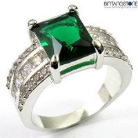 M2W Cincin Import Green Emerald 10KT White Gold Plated Ring